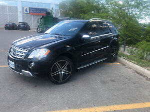 2010 Mercedes-Benz M-Class ML550  4 MATIC SUV, Crossover
