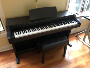 Roland KR-3500 Electronic Keyboard for sale