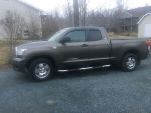 2010 Toyota Tundra SR5 Excellent Condition!