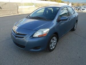 2007 Toyota Yaris Auto Runs Great Cold A/C Must See & Drive