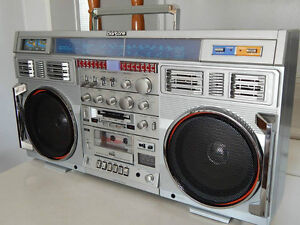 TOP DOLLAR PAID OLD PORTABLE STEREO'S RADIO'S CLAIRTONE 1980'S