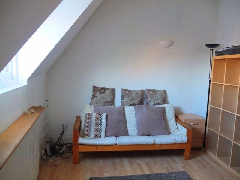 Fantastic Three Bedroom Flat In Hackney Wick!!! Must Be Seen!!!