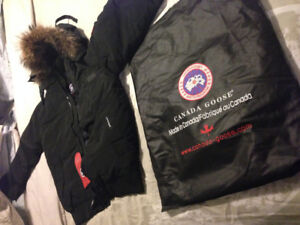 Brand New Canada Goose Parker Jacket for Men XL