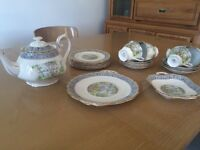 21 piece silver birch Royal Albert China