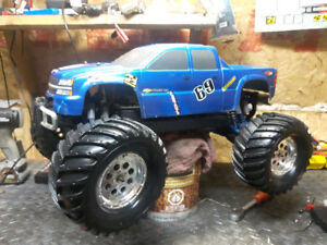 RC Team Associated MGT 4.6  with reverse $ 300