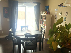Room for rent - GREAT location near the Anthony Henday.