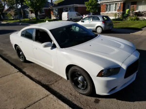 Dodge Charger Undercover 2014 avec SecurePark