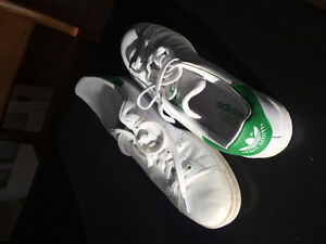Stan Smith tennis shoes