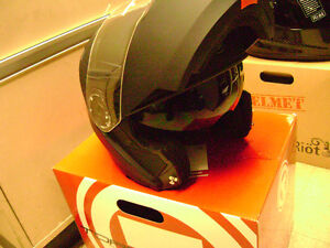 Huge Helmet Blow Out Sale Full Face $69.99 And Up Motorcycle Sarnia Sarnia Area image 7