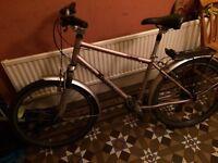 Edinburgh bicycle coop unisex Adults Hybrid Bike