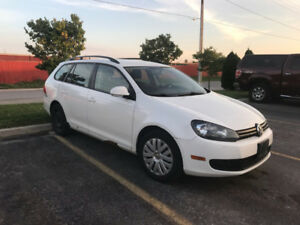 2010 Volkwagon Golf wagon. excellent running condition