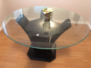 """""""54' inches Round Glass Dining Table with Beautiful Pedestal"""""""