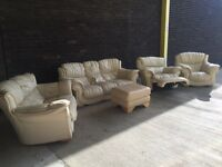 4 piece sofa set in cream 3&2 seater and 2 chairs one is a recliner