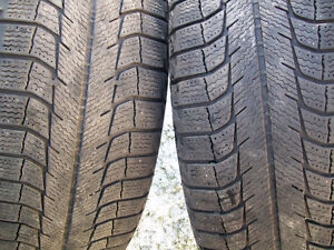 215/60/R17 snow tires (FOR SALE)