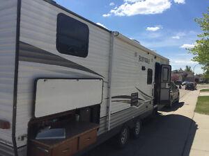2014 29' Shasta Revere camper with Quad bunks