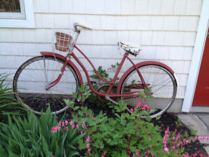 Old Bicycle Garden Decoration