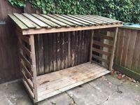 Wood/log store