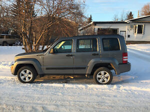 2012 Jeep Liberty Sport SUV, Crossover