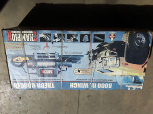 8000LB WINCH BRAND NEW IN BOX NEVER OPENED