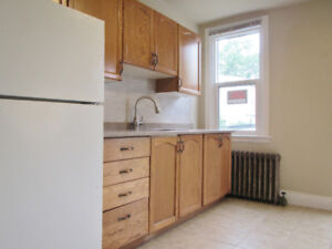 ~Entire House **Renovated** ~Walk to Center Mall!