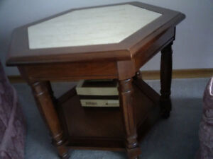 marble and wood end table Kitchener / Waterloo Kitchener Area image 3