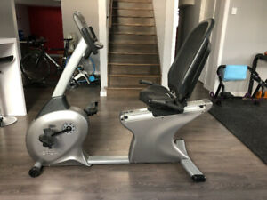 Vélo stationnaire Vision Fitness R2250