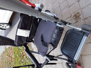 Stroller/double/single in almost new condition $80 West Island Greater Montréal image 2
