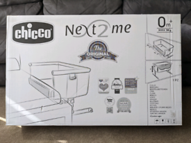 Brand New Chicco Next 2 Me Bedside Sleeper Crib - Chick to Chick