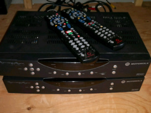 ROGERS DIGITAL CABLE BOXES WITH REMOTES AND CABLES