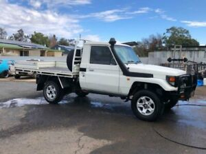 2002 Toyota Landcruiser HZJ79R (4x4) White 5 Speed Manual 4x4 Cab Chassis Coonamble Coonamble Area Preview
