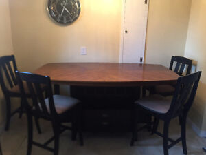 High Seated Dining Set for Sale Cambridge Kitchener Area image 1
