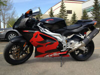 2005 Aprilia RSV 1000R With Low Mileage