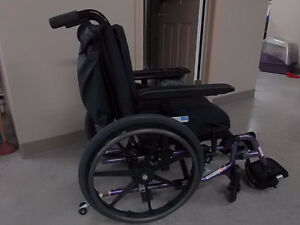 Wheelchair for small adult or large child Stratford Kitchener Area image 4