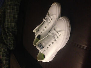 BRAND NEW White Converse All Star 2 Chuck Taylor