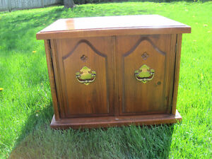 Sturdy Side Table - lots of storage