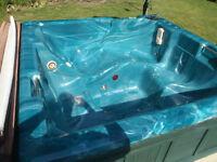 6 Man Hot Tub