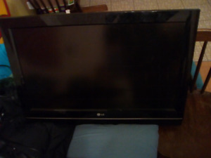 Lg 32lc7d tv 2007.