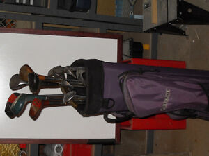 Ladies LH golf clubs with bag