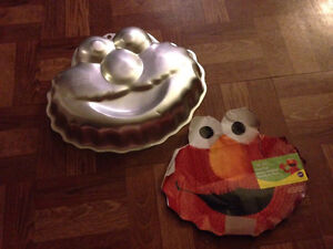 Elmo cake pan/mould with decoration instructions