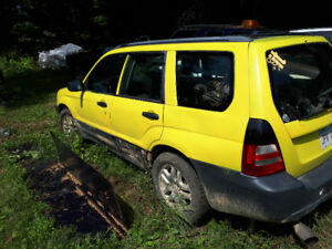 2004 Subaru forester and lots of parts