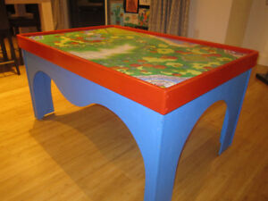 Thomas the tank engine - CUSTOM table