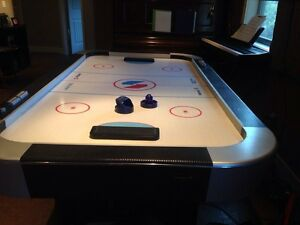 Arcade sized air-hockey table