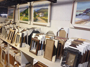 Big liquidation sale of frames of all sizes Cadres Majestic