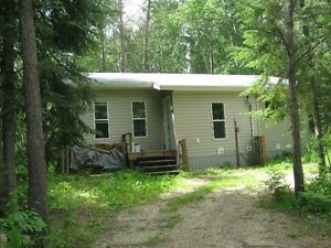 Newer bungalow north of Sprague 15 minutes to Lake of the Woods