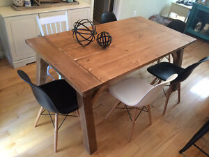 Rustic Country Chic Harvest Table with matching bench Belleville Belleville Area image 4