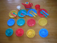 Durable Plastic Play Dishes - 28 pieces.