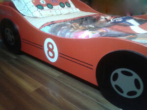 Youths Wood Race Car Bed