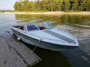 17' Peterborough Inboard/outboard with trailer