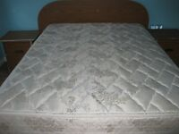 BEDROOM SET FOR SALE INCLUDING MATTRESS/BOX