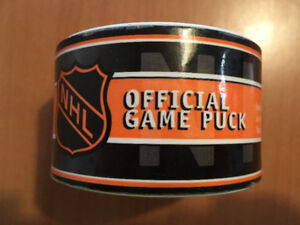 NHL OFFICIAL GAME PUCK CALGARY FLAMES